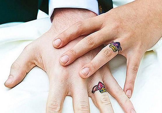 tatouage bague doigt alliance mariage