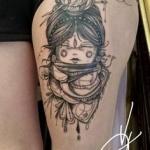 tatouage cuisse feminin manga