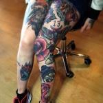 tatouage cuisse feminin papillons et animaux couleur chiffre 13