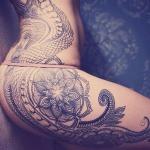 tatouage cuisse hanche mandala