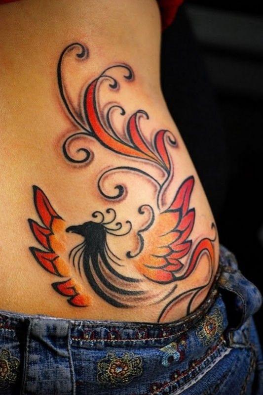 Exemple tatouage phoenix femme sur la hanche tatouage femme - Tatouage femme hanche ...