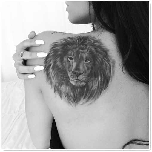 exemple tatouage tete de lion femme omoplate tatouage femme. Black Bedroom Furniture Sets. Home Design Ideas