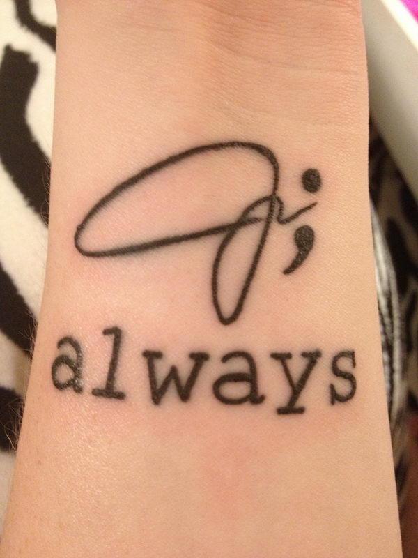 tatouage femme point virgule signature et mot anglais always