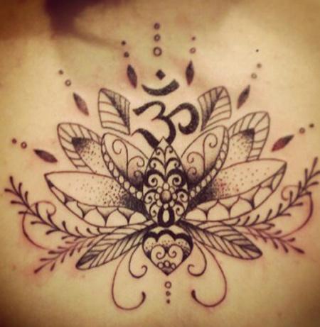 Berühmt belle fleur de lotus tatouage femme mandala fin - Tatouage femme VN11