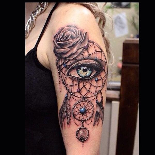 capteur de reve femme a tatouer haut du bras avec oeil et rose effet 3d tatouage femme. Black Bedroom Furniture Sets. Home Design Ideas