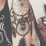 idee tatoo femme amerindien attrape reve demi manche