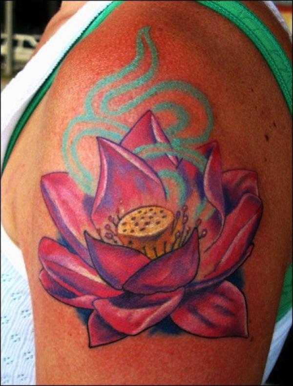 idee tatoo femme fleur de lotus haut du bras