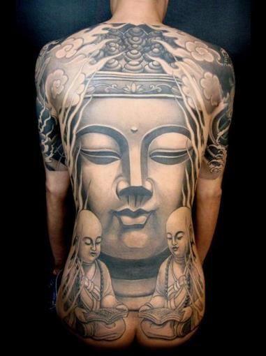 tatouage femme bouddha dos integral