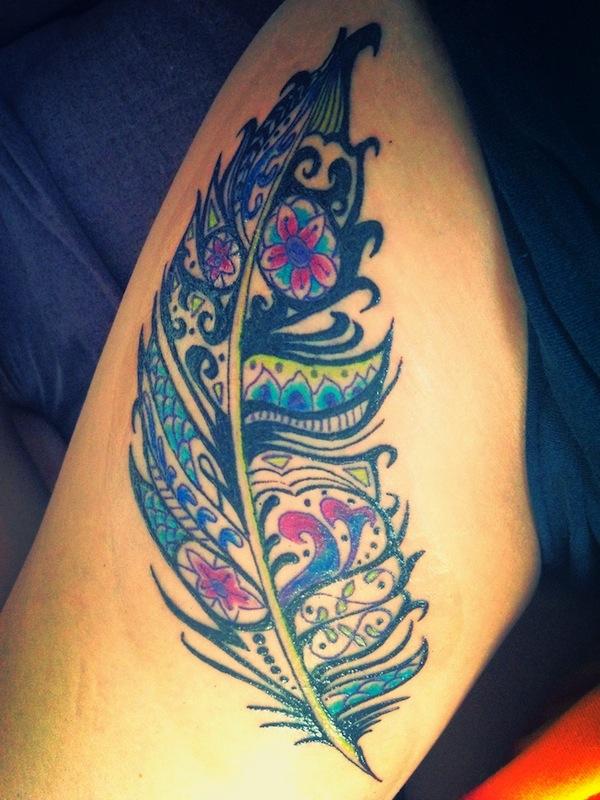 tattoo-plume-femmes