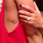 tatouage infini love cote