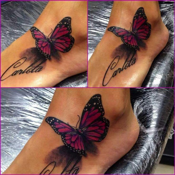 tatouage papillon 3d battant des ailes avec prenom sur pied femme