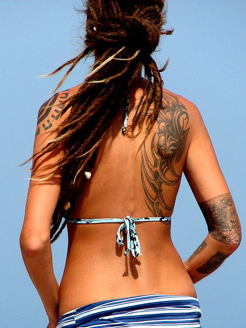 Tatouage femme dos et cote - Tatouage tribal dos ...