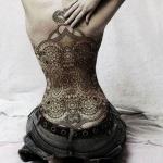 magnifique tatouage dos entier fille mandala