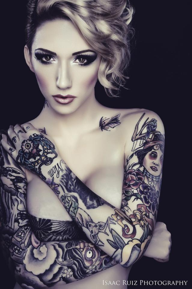 Super tatouage manchette pour femme : les 70 + beaux modèles féminins FG09